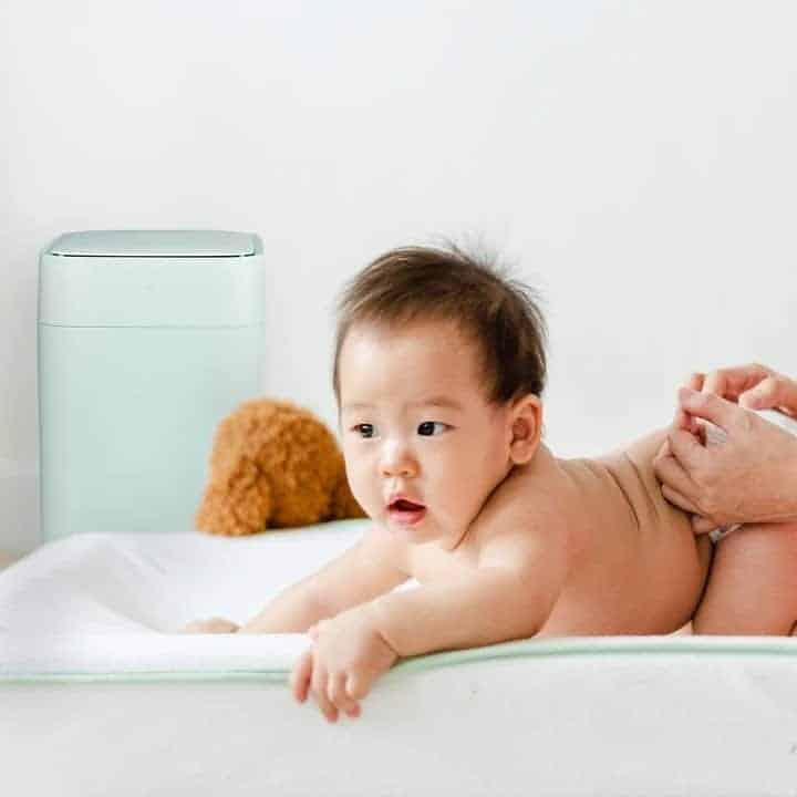 Diaper change - odour free